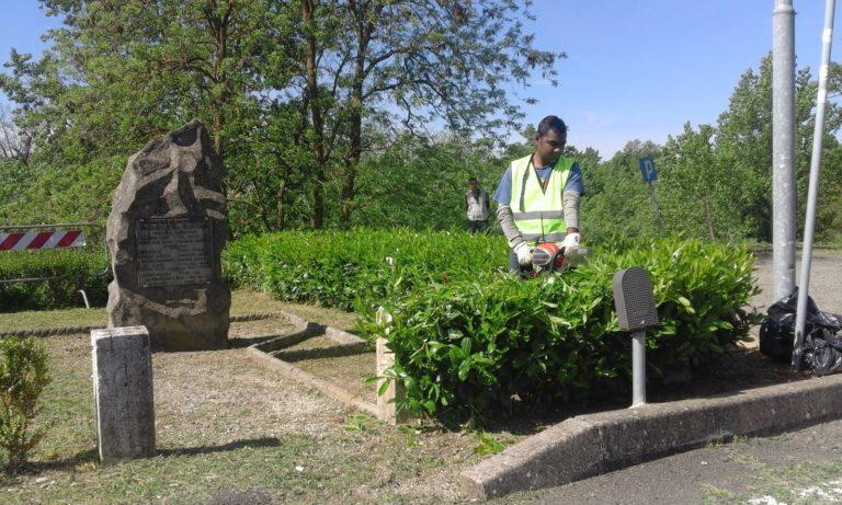 Report Volontariato Castelluccio Aprile 2016