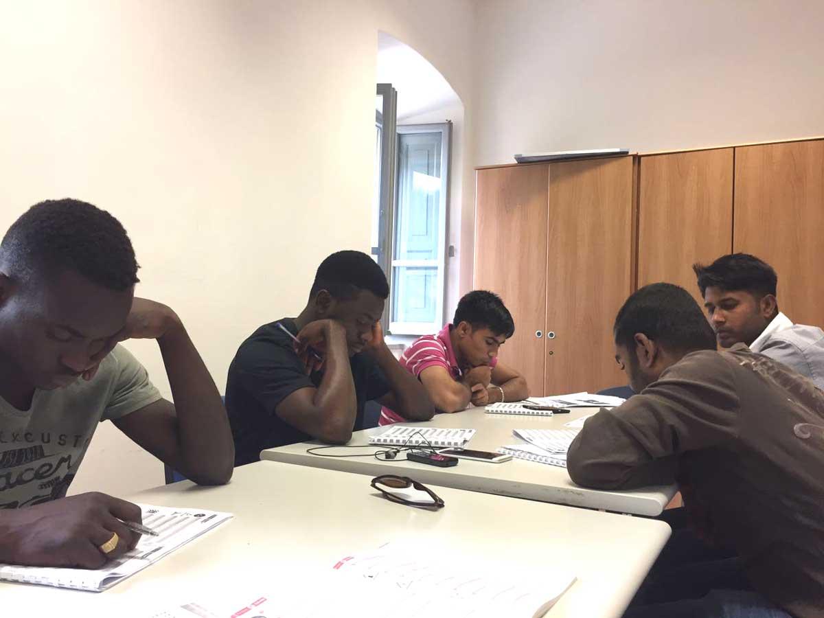 Gruppo di studio scuola guida: si avvicina l'esame